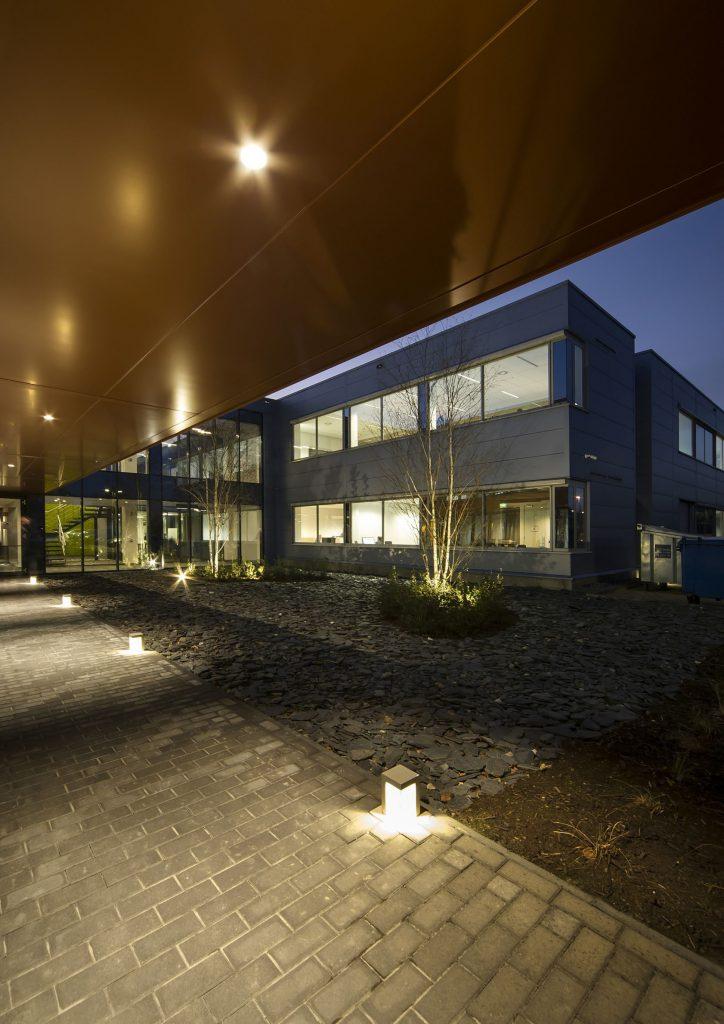 EDGE_office_easi___axiome_architecture_nijvel___belgium_@kris_dekeijser